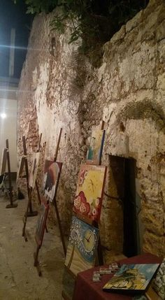 Take a sit and start to paint around historical center !