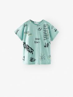 Graffiti Text T-Shirt Texto Graffiti, Graffiti Text, Custom Clothes, Diy Clothes, Zara Home Stores, Embroidery On Clothes, Tee Shirt Designs, Boys T Shirts, Cool Tees