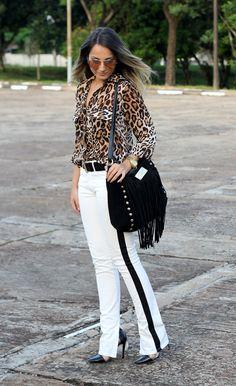 Sabe aquele look que dá vontade de usar todos os dias? Então, é o caso desse! Une duas tendências que eu amo: preto&branco e animal print (...