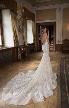 Blog OMG - I'm Engaged! Vestidos de Noiva Berta Bridal. Wedding dress.