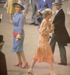 Diana and Sarah pass each other at Ascot 1985