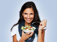 Die neue Ess-Klasse: der Weg zum gesunden Gewicht ist ein Artikel mit neusten Informationen zu einem gesunden Lebensstil. Auch die anderen Artikel von EAT SMARTER bieten Neuigkeiten zu den Themen Ernährung, Gesundheit und Abnehmen.