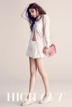White Plain Polo with Pink Body Bag Fashion of After School Nana
