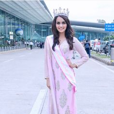 Beautiful miss world Manushi Chhillar Pageant Wear, Beauty Pageant, Beautiful Bollywood Actress, Beautiful Indian Actress, Beautiful Actresses, Miss India, Miss World, Beautiful Hijab, Indian Models