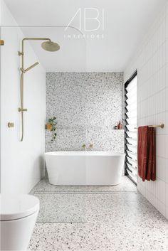 Brass Bathroom, Downstairs Bathroom, Bathroom Renos, Bathroom Inspo, Bathroom Ideas, Classic Bathroom, House Goals, Bathroom Interior Design, Clawfoot Bathtub