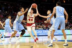 Wisconsin center Frank Kaminsky drives for two of his 19 points in the second half as the Badgers beat North Carolina, 79-72, in West Region action.