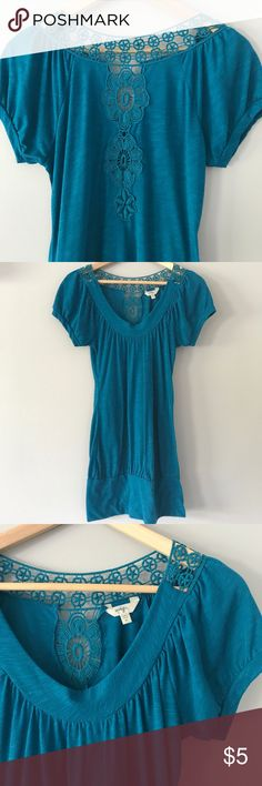 Aqua Crocheted Juniors Medium Top  Aqua crocheted juniors shirt, size Medium. Some pilling on the shirt, no other signs of wear. Beautiful crochet design on the back. Short sleeves and crew neck style. Polyester and rayon. From a smoke free home. Energie Tops Tees - Short Sleeve
