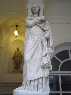 """""""Virgem Vestal""""   Palazzo Braschi. # Roma, Itália."""