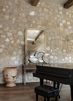 Love the spread out rocks with larger grout in between, a little bit contemporary, a little bit rustic