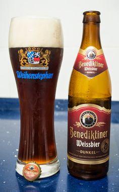 Benediktiner Weissbier Dunkel. Dunkelweizen. 5.4º