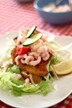 Luksus stjerneskud m. Danish Cuisine, Danish Food, Denmark Food, Healthy Dinner Recipes, Cooking Recipes, Pesto Dressing, Norwegian Food, Scandinavian Food, Good Food
