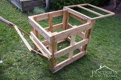 How To Build A DIY Compost Bin {+ Free Plans!} || Practically Functional