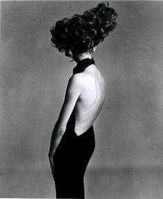 Jean Shrimpton, Paris Studio, August 1965Harper's Bazaar, September 1965Photographer: Richard AvedonDress by Irene Galitzine