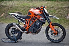 The only bike that i need Ktm Dirt Bikes, Motorcycle Dirt Bike, Motocross Bikes, Moto Bike, Racing Motorcycles, Custom Motorcycles, Custom Bikes, Motos Ktm, Ktm 690