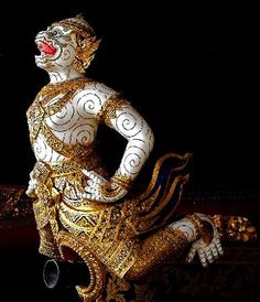 Cheap Hotels in Thailand Ship Figurehead, Museum Hotel, Into The West, Monkey King, Historical Art, Hanuman, Tall Ships, Gods And Goddesses, National Museum