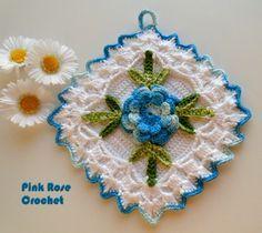 PINK ROSE CROCHET /: Pega Panelas Quadradinho com Flor Rosa Azul em Crochê