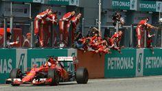 Victoire de Ferrari et de Sebastian Vettel, lors du Grand Prix de Malaisie (29/03/15).