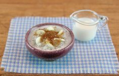 Oatmeal with Banana Slices and Brown Sugar by EverydayGourmet