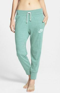 mein´s :-) ..habe ich - liebe ich... :-) Nike Gym Vintage Capri Pants #fitlist - ..