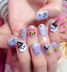 cutie halloween nails