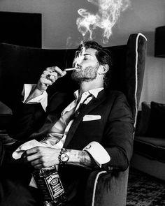 Smoke Photography, Portrait Photography Men, Photography Poses For Men, Hot Guys Smoking, Man Smoking, Men Smoking Cigarettes, Cigarette Men, Hot Bad Boy, Bad Boy Aesthetic