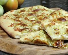 Tomato Recipes Green tomato recipes - I have plenty of them this year. Wow, thanks, early blight :( - Here are 15 delicious recipes using end-of-season green tomatoes. Add some of these great recipes to your repertoire. Veggie Dishes, Vegetable Recipes, Veggie Tray, Vegetable Sides, Green Tomato Recipes, Great Recipes, Favorite Recipes, Holiday Recipes, Fruits And Veggies