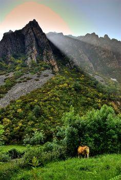 Un rayo de sol en Valle Pigüeña, Parque Natural de Somiedo  Asturias  Spain