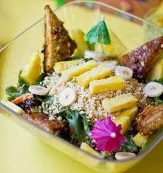 Aloha Salad with Tiki Tempeh. Dole Salad Circle Giveaway! - Healthy. Happy. Life. #giveaway #vegan #salad