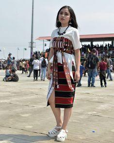 India Fashion, Ethnic Fashion, Fashion Show, Mekhela Chador, Northeast India, Street Trends, Dress Sewing Patterns, Kebaya, Dress Designs