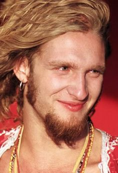 Layne Thomas Staley (August 22, 1967 – April 5, 2002) was an American musician who served as the lead singer and co-songwriter of the rock band Alice in Chains Staley also struggled throughout his adult life with depression and a severe drug addiction, culminating with his death