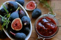 Rosemary Fig Jam Ingredients 3 cups chopped figs 1/2 cup honey 1/3 cup white wine 2 T. lemon juice 1/4 cup filtered water 3 sprigs fresh rosemary