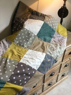 Couverture en patchwork pour petit garçon .