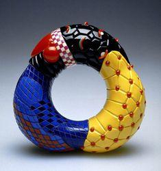 Peter Chang, Bracelet - Acrylique, PVC x x cm Geek Jewelry, Jewelry Art, Jewelry Design, Gothic Jewelry, Designer Jewelry, Resin Jewelry, Jewelry Necklaces, Contemporary Jewellery, Modern Jewelry