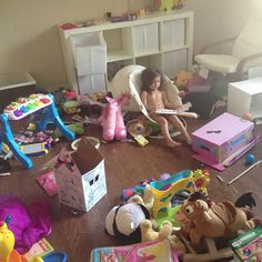 Why I Got Rid of the Toys | Dallas Moms Blog