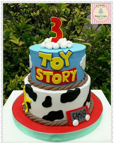 - Toys for years old happy toys Toy Story Birthday Cake, 4th Birthday Cakes, 6th Birthday Parties, Birthday Party Decorations, Third Birthday, Birthday Ideas, Cumple Toy Story, Festa Toy Story, Jesse Toy Story Costume
