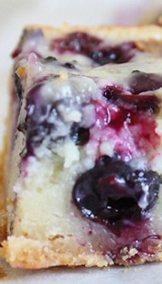I helped out with a retreat this past weekend with some AACF brothers and sisters. I took care of the infants group years), and I must say…THEY ARE SO CUTE. We only had three infa… Blueberry Custard Pie Bars - Blueberry Custard Pie Bars Pudding Desserts, Custard Desserts, Blueberry Desserts, Custard Recipes, Easy Desserts, Delicious Desserts, Dessert Recipes, Cheesecake Recipes, Dessert Ideas