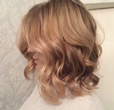 Sunset blonde waves by Gabrielle Roccuzzo