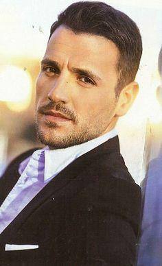 Vertis Milo Ventimiglia, Kostas Martakis, Beautiful Men, Beautiful People, Greek Men, Greek Music, Bernardo, Famous Singers, Folk Music