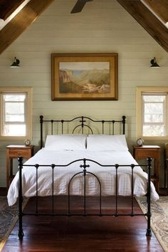 Beautiful bed, lovel