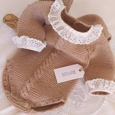 Baby Knitting Patterns, Crochet For Kids, Burlap Wreath, Girl Outfits, Children, Jackets, Clothes, Tulum, Dresses