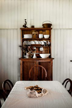 Country Style Magazine, Kara Rosenlund, Country Interior Design, Dream Rooms, Kitchen Dining, Dining Room, Home Kitchens, Kitchen Remodel, Living Spaces