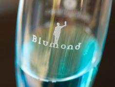 Fratelli Saraceni Blumond, blue sparkling Italian wine #Blumond #bluewine #bluechampagne