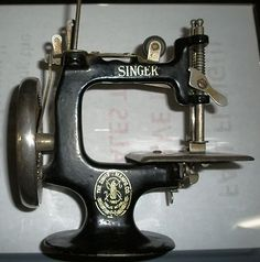 Antique sewing machines sewing machines and vintage sewing machines