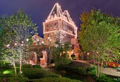 Epcot's World Showcase Tips - Disney Tourist Blog.  Canada