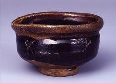 黒織部沓形茶碗