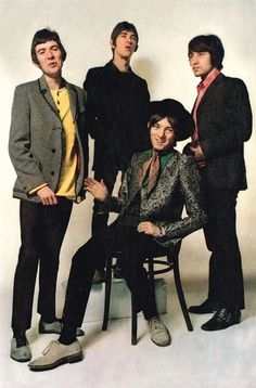 the small faces 60s Music, Music Icon, Kenney Jones, Rock Band Photos, Ronnie Lane, Classic Rock Artists, Faces Band, Steve Marriott, The Kinks