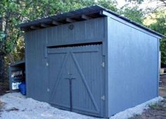 DIY Pallet Shed Is Perfect Weekend Project | The WHOot