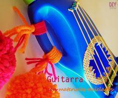 Guitarra con materiales reciclados