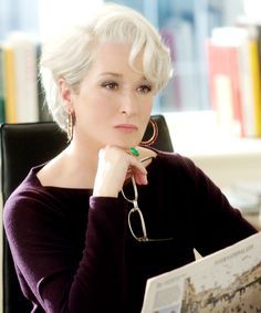 """It's no surprise that """"The Devil Wears Prada"""" is filled with stylish outfits and high fashion looks. From Andy Sachs to Miranda Priestly, here are some of the best looks from """"The Devil Wears Prada. Cute Hairstyles For Short Hair, Short Hair Cuts For Women, Short Hairstyles For Women, Short Hair Styles, Devil Wears Prada, Haircuts For Over 60, Miranda Priestly, Meryl Streep, Hair Pictures"""