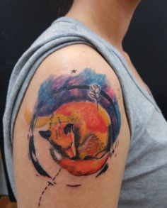 Fox was a friend of the Little Prince. Fox showed him the beauty of a real friendship, commitment and love. She taught him what it means to tame something or someone and pointed him to the responsibility he has towards the rose that he left.